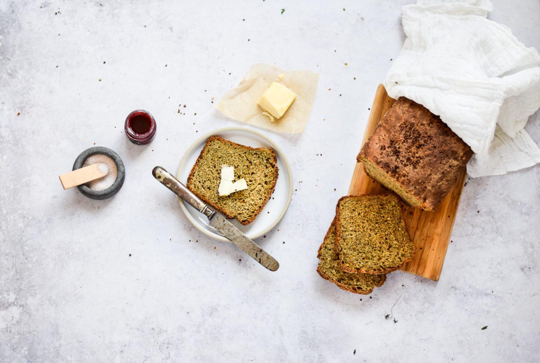 Hanf Brot mit Karotte
